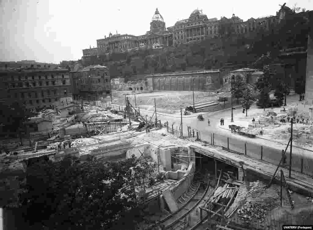 1949: A Metro line being built beneath Clark Adam Square under the war-ruined Buda Castle. Budapest was heavily damaged after Hungary sided with Nazi forces and endured an assault from the Red Army, backed by Allied bombing raids.