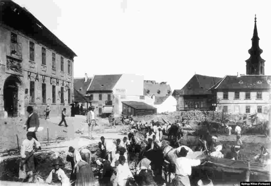 1894: A busy work site near the spire of the Saint Catherine of Alexandria Church (top right), just south of Buda Castle.