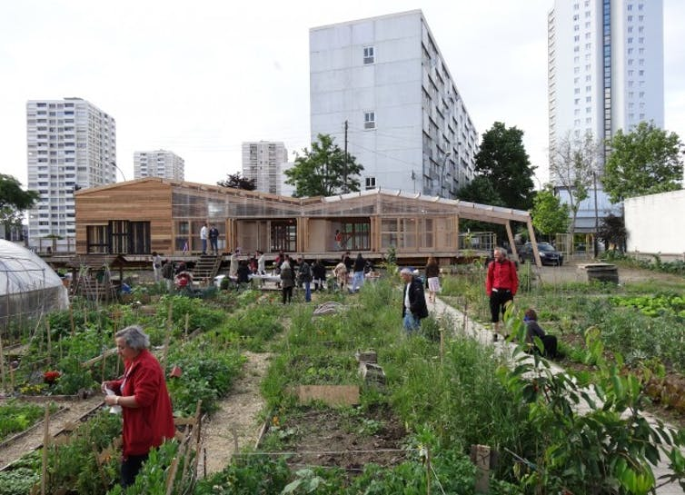 The R-Urban project in Paris