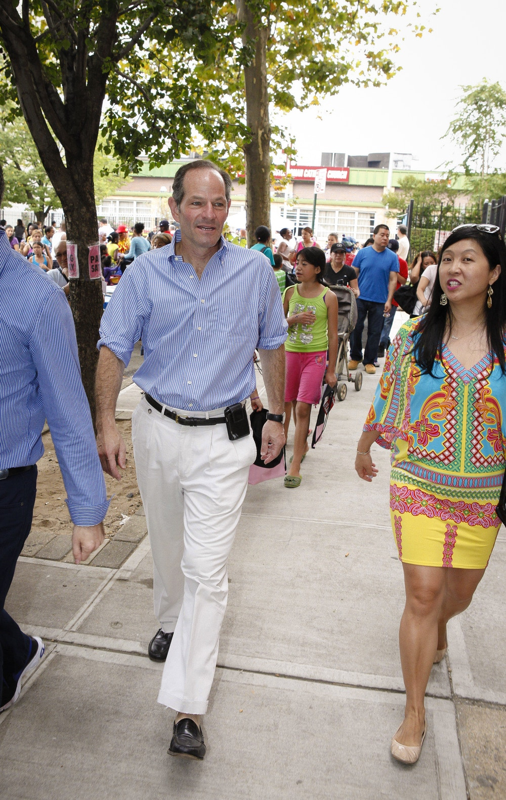 DDPJ9F Aug. 31, 2013 - Queens, New York, U.S - NYC Democratic candidate for Comptroller Eliot Spitzer, makes a brief campaign stop at a community event in the Corona section of Queens, NY. (Credit Image: © Angel Chevrestt/ZUMAPRESS.com)